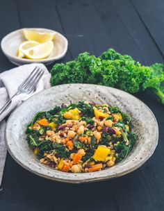 Italienischer Farro mit Grünkohl und Kichererbsen (vegan) - eat-this.org