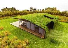 Amazing Homes with Grass Roof Designs The roof of your house can actually be something to get excited about. Here are 20 amazing homes with grass roof designs. Green Architecture, Sustainable Architecture, Amazing Architecture, Architecture Design, Earthship, Living Roofs, Container House Design, Roof Design, House Roof