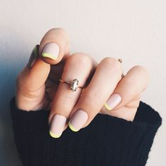 Want to know how to do gel nails at home? Learn the fundamentals with our DIY tutorial that will guide you step by step to professional salon quality nails. Neon Nails, Shellac Nails, Pink Nails, Acrylic Nails, Nail Manicure, Nail Polish, Minimalist Nails, Hair And Nails, My Nails