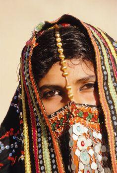 Africa | Bedouin woman.  Sinai desert, Egypt | ©Frans Lemmens