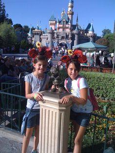 Beautiful Disneyland! Raquel & I #perfectday