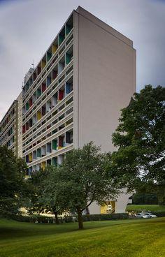 Corbusierhaus / Le Corbusier  Berlin, Germany  1956-1959  © Thomas Lewandovski