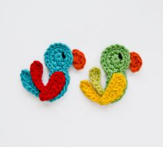 Instant Download  PDF Crochet Pattern  Parrot di oneandtwocompany