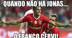 Benfica nascidos para vencer Benfica Wallpaper, Football Memes, Lol, Good Things, Baseball Cards, Humor, Funny, Humorous Pictures, Club