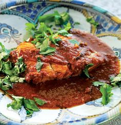 Libyan spicy fish - This is such a simple dish, but the balance of flavours makes it special. The fresher the fish, the better the results. Fish Recipes, Veggie Recipes, Cooking Recipes, Veggie Food, Cooking Tips, Libyan Food, Seafood Seasoning, Seasoning Mixes, Venison Meat