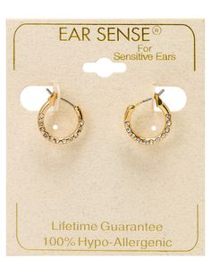 These beautiful gold earrings feature inset crystals. Gold Earrings, Crystals, Beautiful, Jewelry, Jewlery, Jewels, Crystals Minerals, Jewerly, Jewelery