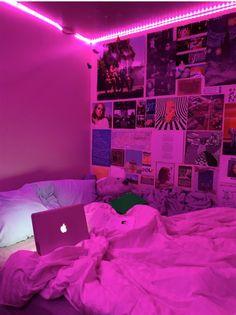 Neon Bedroom, Room Design Bedroom, Room Ideas Bedroom, Bedroom Decor, Bedroom Inspo, Bedroom Shelves, Decorating Bedrooms, Bedroom Black, Bedroom Apartment