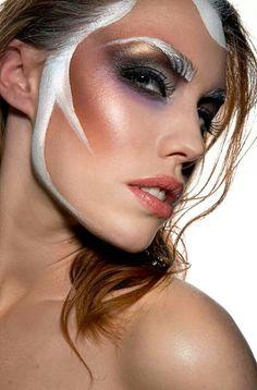 Jos Brands Kryolan Make Up artist and Kryolan expert