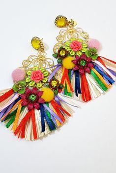Accessori donna ,orecchini,pendenti,bijoux,gioielli,artigianato,handmade Collezione Trizia ,un brand tutto italiano. Pop Culture, Beading, Earrings, Bags, Jewelry, Fashion, Stud Earrings, Style, Ear Rings