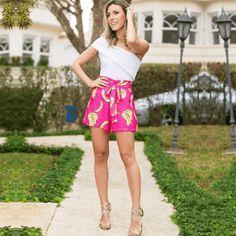 Aqui você terá acesso a mais de 120 marcas de roupas de moda feminina do atacado do Bom Retiro. Encontre WhatsApp, endereço, Instagram e mais