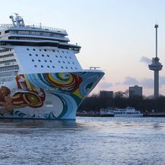 Check out this awesome shot of Norwegian Getaway, submitted by @eddyphilipsen!