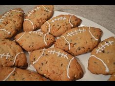 How to Bake Chocolate Chip Pretzel Football Cookies: Cooking with Kimberly Tailgating Recipes, Beer Recipes, Fall Recipes, Snack Recipes, Snacks, Slow Roast Chicken, Lemon Ginger Detox Water, Hot Cheese Dips, Sausage Dip