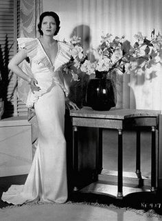 Kay Francis, Living on Velvet, 1935 (costumes by Orry-Kelly) Hollywood Fashion, Hollywood Costume, Old Hollywood Style, Golden Age Of Hollywood, Hollywood Glamour, Classic Hollywood, Vintage Hollywood, Hollywood Actresses, 1930s Fashion