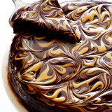 http://www.gimmesomeoven.com/peanut-butter-flourless-chocolate-cake/?utm_content=buffer518f8