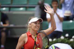 Caroline Wozniacki advances to 3rd round at French Open - routs Francoise Abanda 6-0, 6-0. pic via raz.