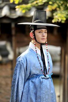 Drama Festival - The Diary of Heong Yeong-dang (Korean Drama - - 드라마 페스티벌 - 형영당 일기 Korean Traditional Dress, Traditional Dresses, Korean Men, Korean Actors, Korean Drama 2014, Korean Hanbok, Korean Outfits, Historical Clothing, Asian Fashion
