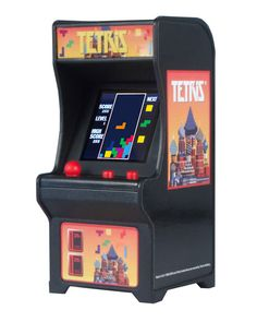 Tiny Arcade Series 3 and New World's Smallest Additions Toys For Boys, Games For Kids, Games To Play, Retro Videos, Retro Video Games, Space Invaders, Joystick, Board Game Store, Arcade Games