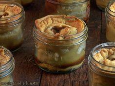 Apples Pies in Jars | Cravings of a Lunatic | #apple #applepie #dessert #pie