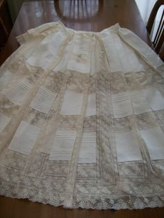Enaguas. Hoop Skirt, Vintage Baby Clothes, Christening Gowns, Heirloom Sewing, Historical Costume, Hijab Fashion, Baby Dress, Embroidery Designs, Pattern