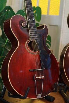 Vintage Gibson Style O Guitar