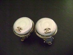Chanel Vintage Silver Pearl Shell Round Clip Earring