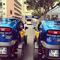 Track tour with our new #twizy branded #edamsrenault! #renault @fiaformulae