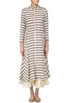 Sloh Designs presents Ivory and grey striped kurta with chanderi crushed inner available only at Pernia's Pop Up Shop. Ethnic Fashion, Indian Fashion, Womens Fashion, Indian Attire, Indian Wear, Kurta Designs, Blouse Designs, Cotton Kurties, Ikkat Dresses
