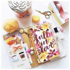 therachmark: Miss @hayleytheplanner's dashboards are some of my favorites EVER. Also it seems like every season/theme/color looks amazing in my #colorcrushwhite from @websterspages! Can you tell I love fall?!  (P.S. I changed my profile picture to this photo because in love )