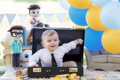 Boss Birthday, Baby Boy 1st Birthday Party, Baby Party, Boy Birthday Pictures, Baby Cake Smash, Baby Boy Photos, Boss Baby, Lei, First Birthdays