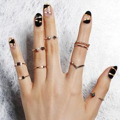 43 Most Sexy And Eye Catching Night Black Nails Design (round, Stiletto, Almond, Oval, Square) - Nail Idea ♥ 𝖓𝖎𝖌𝖍𝖙 𝖇𝖑𝖆𝖈𝖐 𝖓𝖆𝖎𝖑𝖘 ♥ ♥ ♥ ♥ ♥ ♥ ♥ ♥ ♥ ♥ ♥ ♥ ♥ ♥ ♥♥♥ Hope you like it ! Chic Nails, Love Nails, Trendy Nails, Fun Nails, Black Nail Designs, Acrylic Nail Designs, Matte Nails, Acrylic Nails, Plain Nails
