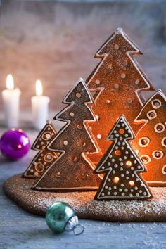 Joulun tunnelma löytyy piparintuoksuisesta kuusimetsästä. Mikä parasta, metsä on helpompi tehdä kuin perinteinen piparitalo. Christmas, Decor, Xmas, Decoration, Navidad, Noel, Decorating, Natal, Kerst