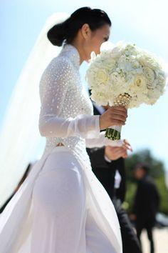 Wedding ao dai on Nini Nguyen. GORG!