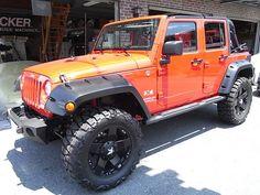 Jeep Wrangler with Pocket Style Flares Jeep Jk, Jeep Wrangler Jk, Jeep Truck, Wrangler Unlimited, Ford Trucks, My Dream Car, Dream Cars, Orange Jeep, M Bmw