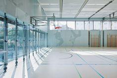 Multi-purpose hall (Photo: Hertha Hurnaus)