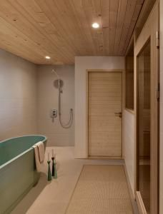 House L - Pictures Bathtub, Bathroom, Architecture, Finland, Projects, Pictures, House, Standing Bath, Washroom