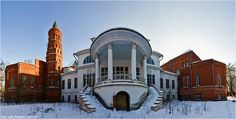 abandoned mansion russias wealthy waste time
