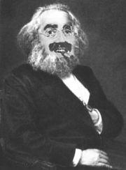 Tratto da nonciclopedia, una pagina satirica e volutamente provocatoria nei riguardi di Karl Marx, non attendibile dal punto di vista delle informazioni, con lo scopo di suscitare ilarità