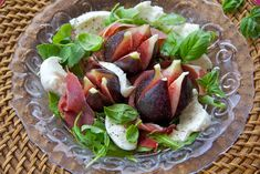 Entry by Claudia M -- Figs,Prosciutto and Goat Cheese Appetizer on a Bed of Spring Salad Mix Summer Dishes, Summer Salads, Jamie Oliver, Fig Salad, Spring Salad, Healthy Vegetables, Pinterest Recipes, Food For Thought, Italian Recipes