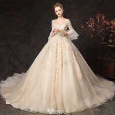 Elegant Champagne Wedding Dresses 2019 Ball Gown V-Neck Lace Flower Bell sleeves. wedding gown Elegant Champagne Wedding Dresses 2019 Ball Gown V-Neck Lace Flower Bell sleeves. Western Wedding Dresses, Luxury Wedding Dress, Classic Wedding Dress, Princess Wedding Dresses, Dream Wedding Dresses, Bridal Dresses, Wedding Wear, Bridal Bouquets, Wedding Flowers