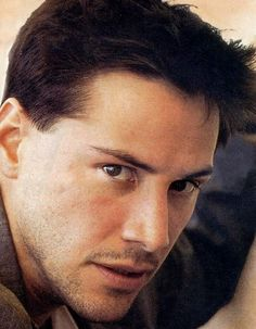 This has to be my favorite picture of all time! Keanu Reeves House, Keanu Reeves John Wick, Keanu Charles Reeves, Keanu Reeves Speed, Outfits Casual, Mode Outfits, Keanu Reeves Quotes, Keanu Reeves Pictures, Arch Motorcycle Company
