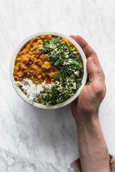 Helppo Vegaaninen Kasviskorma Vegekorma Hannamarirahkonen 7 Korma Sauce, Creamy Sauce, Ketogenic Recipes, Indian Food Recipes, Food And Drink, Veggies, Vegetable Recipes, Vegetables