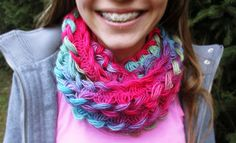 Jaimees Welt: Jaimee häkelt einen Hairpin Lace Loom-Schal