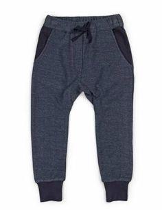 Soft Gallery Jules navy baggy bukser med reverse detaljer - 10 år? kids of lux 340kr.