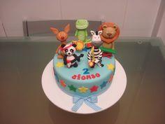 banda do panda - Pesquisa Google Baby Birthday, Birthday Cake, Birthday Parties, Canal Panda, Bolo Panda, Panda Cakes, Panda Party, Baby Boy Rooms, Cake Toppers