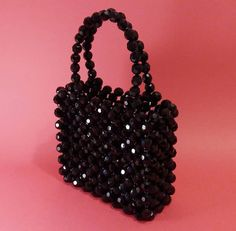 Crochet Bag Tutorials, Crochet Jewelry Patterns, Beaded Bags, Beaded Jewelry, Stylish Backpacks, Chain Shoulder Bag, Luxury Bags, Clutch Bag, Purses And Bags