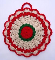 crochet potholder patterns images of crocheted fun pot holders patterns Crochet Hot Pads, Crochet Fish, Crochet Santa, Crochet Wool, Free Crochet, Crochet Potholder Patterns, Crochet Dishcloths, Crochet Doilies, Crochet Placemats