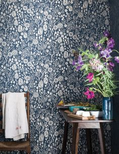 This delicate Farrow & Ball botanical wallpaper design combines rich texture and pattern, to create a fun and playful tropical design. Shown here in the blue colourway, with metallic silver detailing Farrow Ball, Farrow And Ball Paint, Free Wallpaper Samples, Stiffkey Blue, Eco Friendly Paint, Colour Consultant, Maximalism, World Of Color, Designer Wallpaper