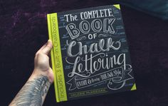 The Complete Book of Chalk Lettering, de Valerie McKeehan | alineando.com.br #livro #resenha #review #book #lettering