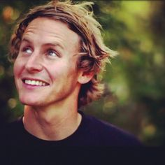 Ben Howard- his smile catches attention of many