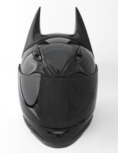 were I to ever own a motorcycle this would be my helmet